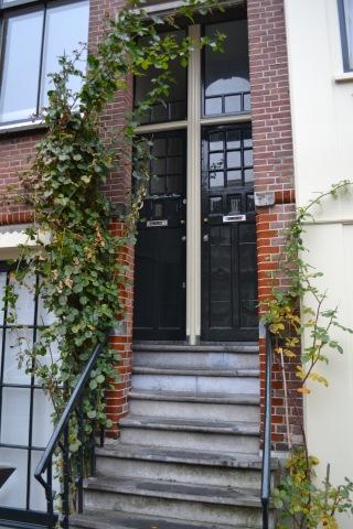 2 doors, Amsterdam