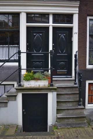 3 doors, Amsterdam